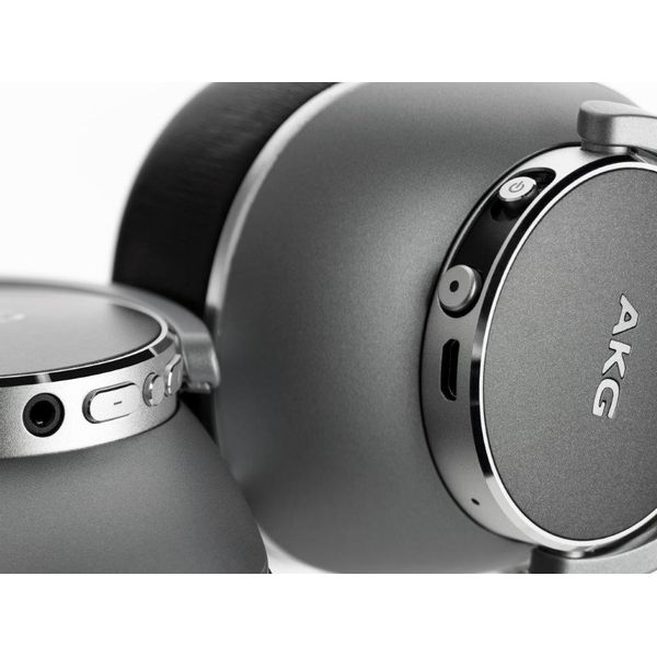 10.AKG_Product_Image_N700NC_Wireless_Folded